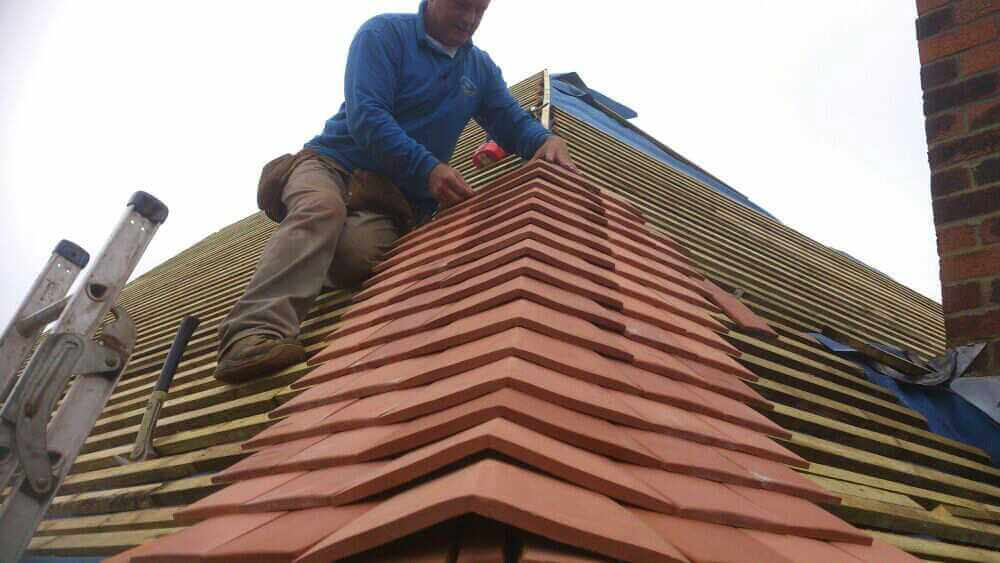 Choosing The Right Roofer For The Job